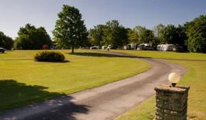 tanner_farm_camping_caravan_1